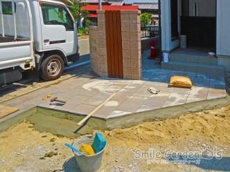 東洋工業 プラーガペイブ 庭 デザイン 加古川市 工事中