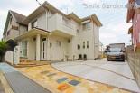 白を基調にしたナチュラルデザインのオープン外構 加古川市