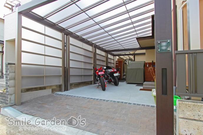 +G 駐車スペース テラス