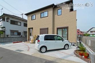 曲線デザイン 駐車場 加古川