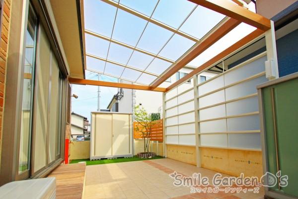 目隠しと屋根のあるお庭へ スマイルガーデン 高砂市