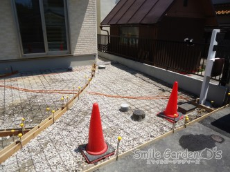 駐車場 型枠スリット コンクリート